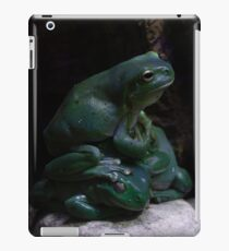 Pile of  Green Tree Frogs iPad Case/Skin
