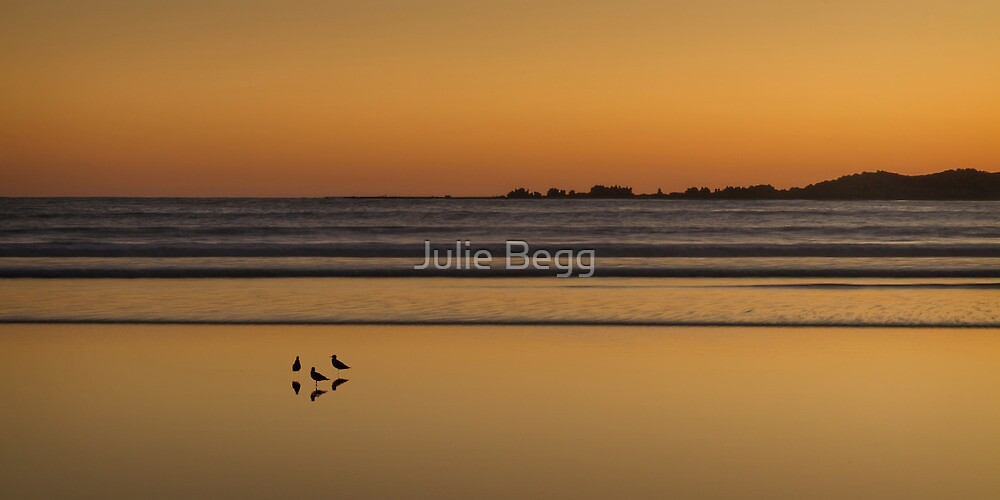 A Summer's night at Anglesea by Julie Begg