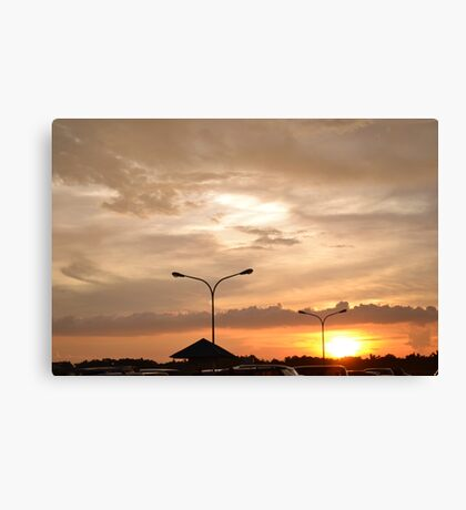 Sunsetting Canvas Print