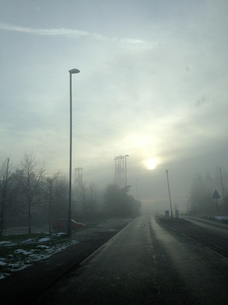 Clipstone Colliery in the fog by robsteadman