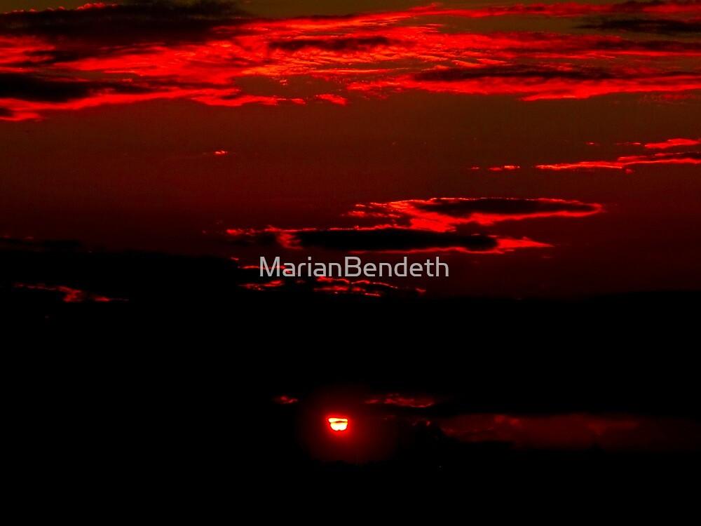 Sun scorcher by MarianBendeth