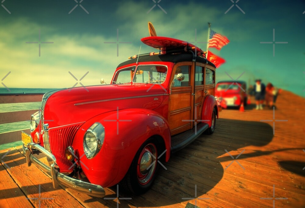 Classic Woody Panel by El Frito  http://www.flickr.com/photos/fritography by Delights