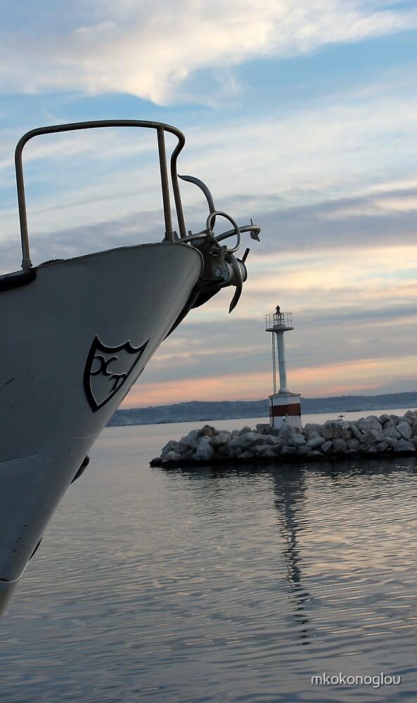 entering the bay by mkokonoglou