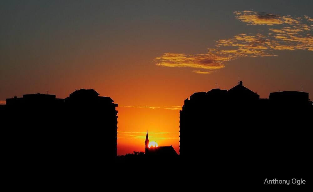 Sunrise 1 by Anthony Ogle