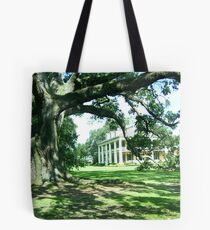 Houmas House from under the tree Tote Bag
