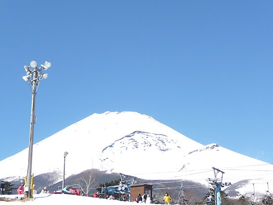 Fuji with snow all over by sivagurun