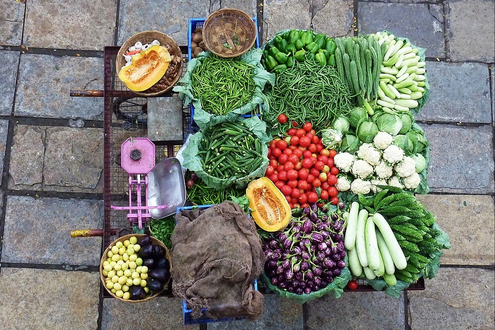 Vegetable barrow, Pune by Ros Bell