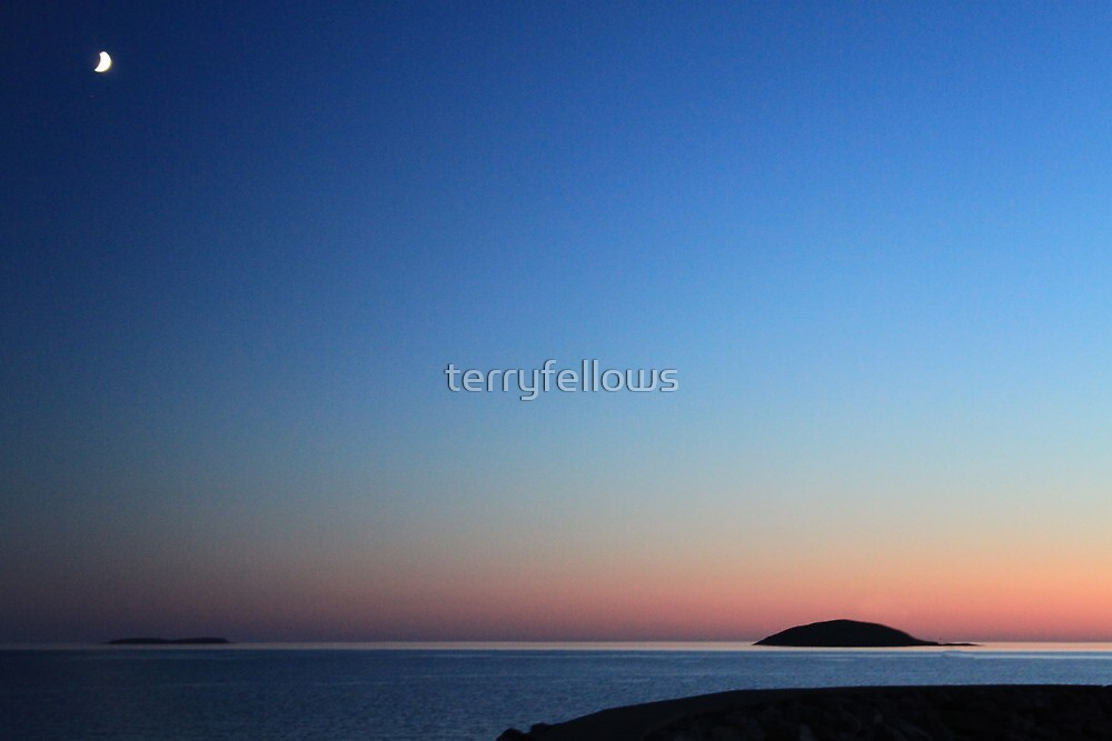 """ An Eriskay Moon "" by terryfellows"