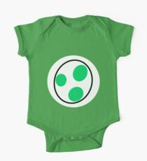 A bottomless pit of a stomach, green, a dinosaur, you guessed it, YOSHI! Baby Body Kurzarm