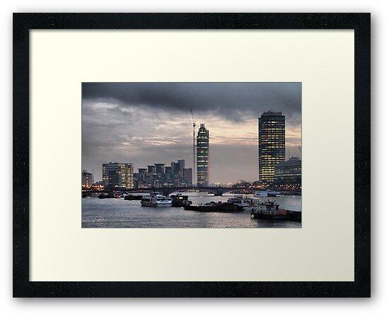 London skyline by Maria Tzamtzi