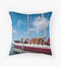 Maori sailing boat Throw Pillow