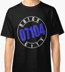 'Brick City 07104' (w) Classic T-Shirt