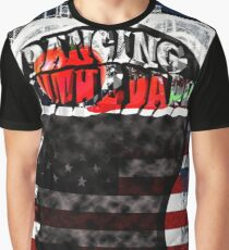 Dancing in the dark Graphic T-Shirt