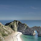 durdle door, england by dubassy