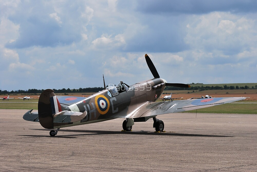Spitfire on Runway by Pauws99