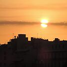 Sunrise in the city by parvmos