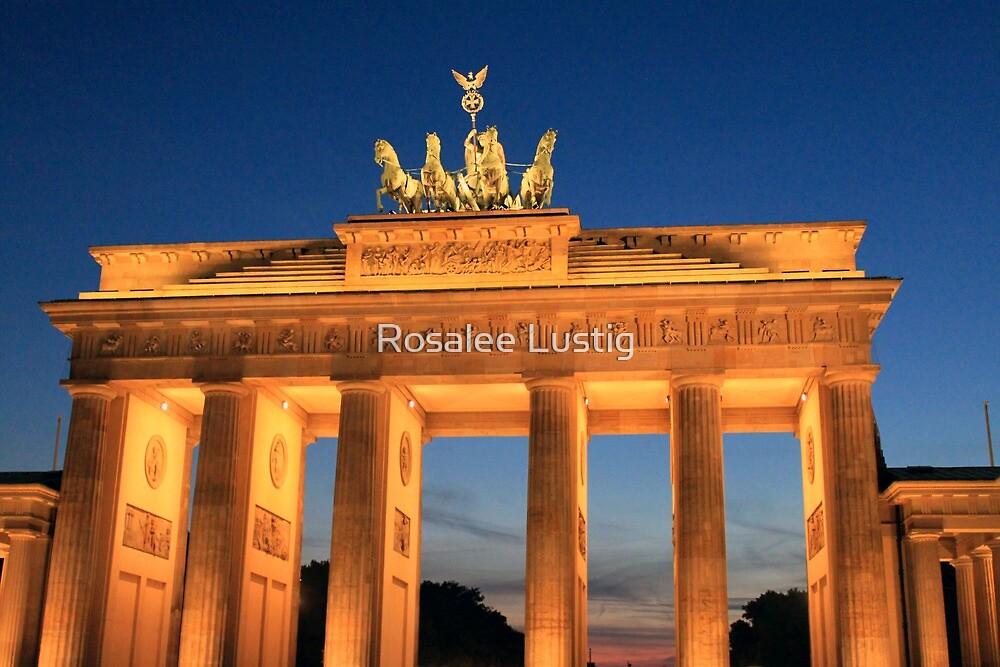 Brandenburg Gate 2 by Rosalee Lustig