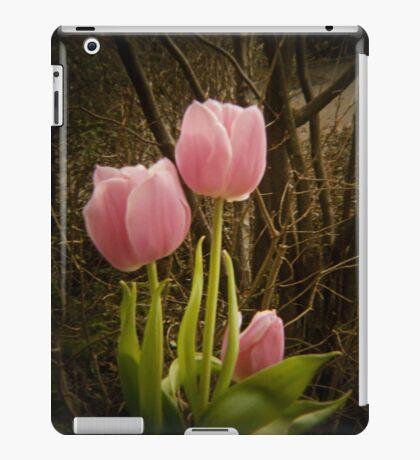 Pink Tulips VRS2 iPad Case/Skin