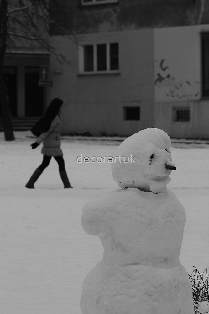 Snowman and a Girl by decorartuk