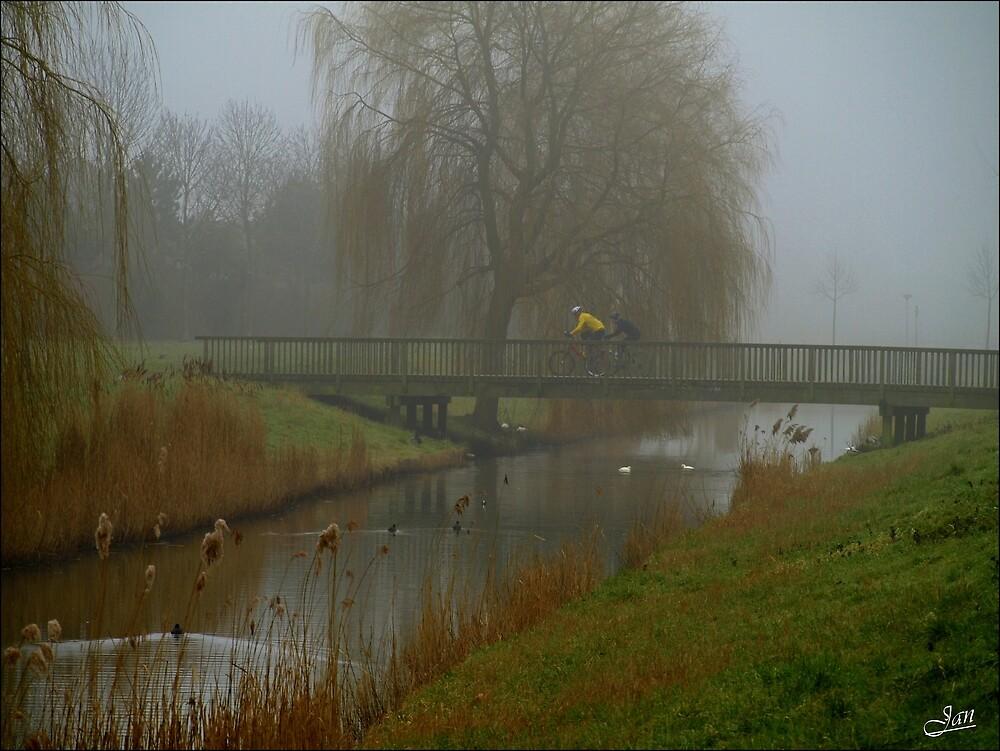 Misty Sunday morning by Janone