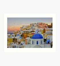 Evening Colors in Oia, Santorini, Greece Art Print