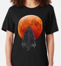 Eileen The Crow - Bloodborne Slim Fit T-Shirt