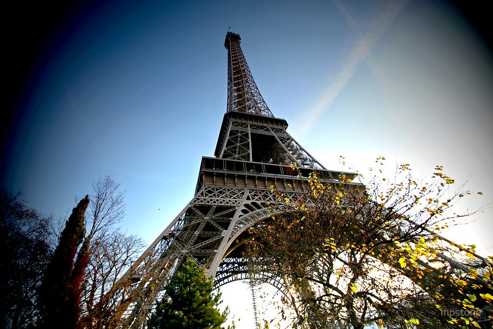 Wide angle Eiffel by mpstone