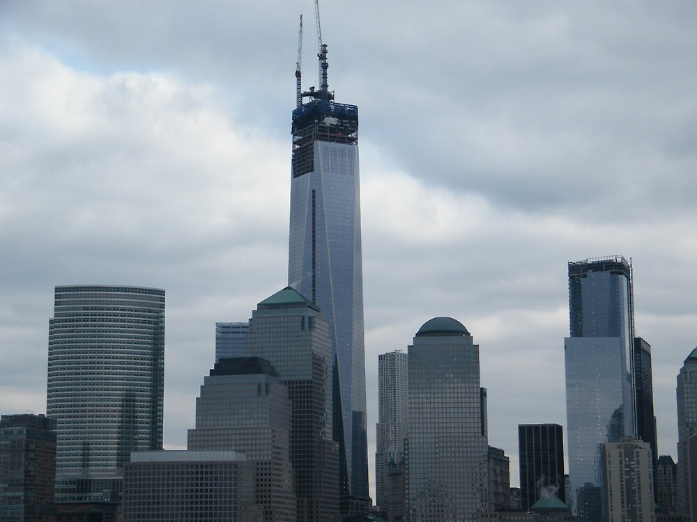 The Antenna is Now Visible on the New World Trade Center, New York City by lenspiro