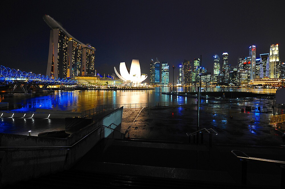 Marina Bay Singapore.  by Ralph de Zilva