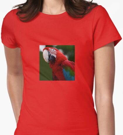 Close-Up Of A Green-Winged Macaw T-Shirt