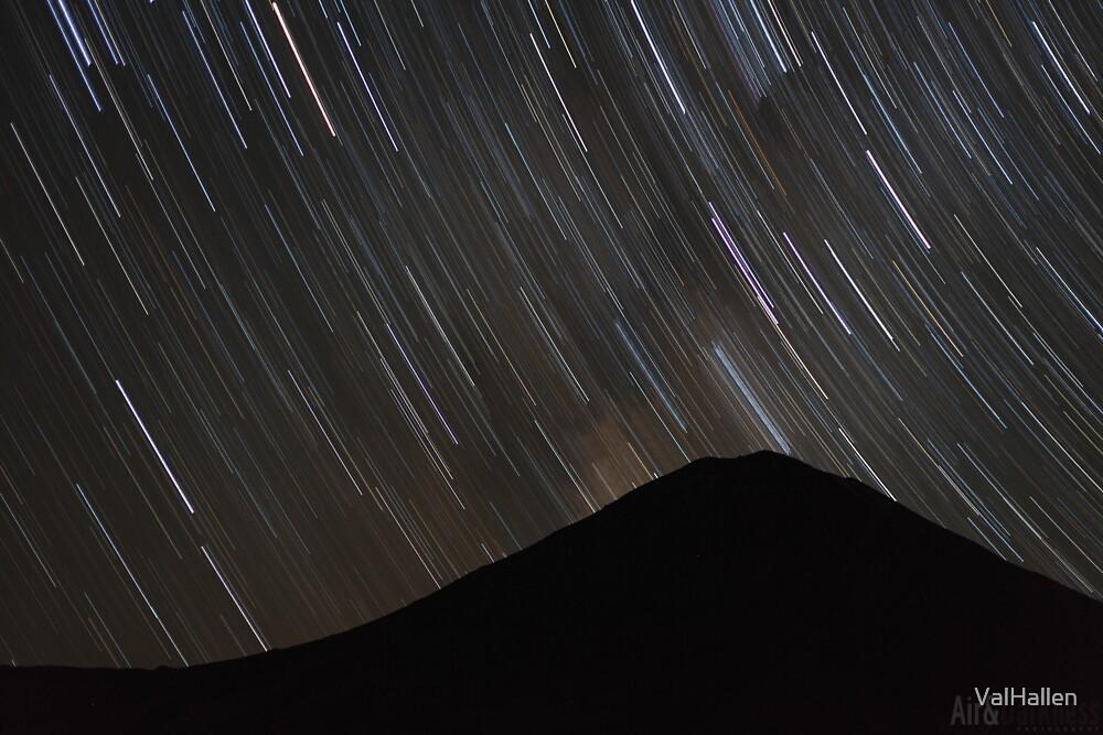 The stars wheel over Mt. Doom by ValHallen