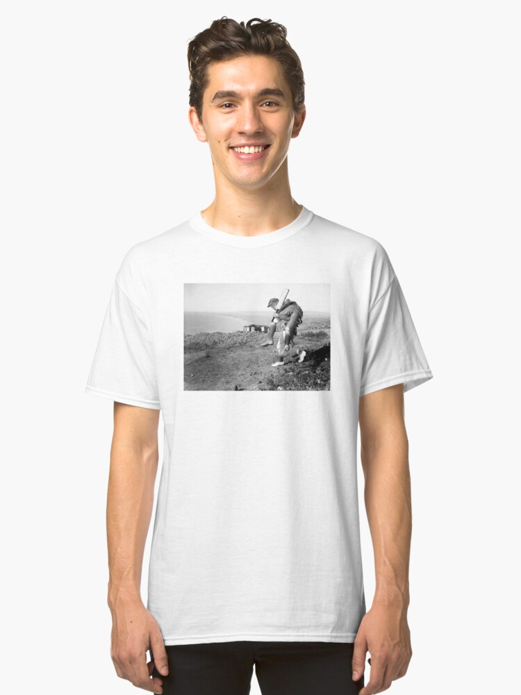 No greater hero Classic T-Shirt Front