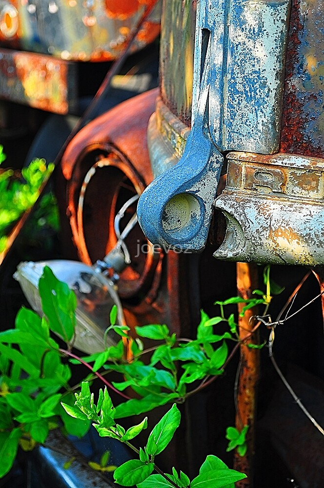Old truck hood latch by joevoz