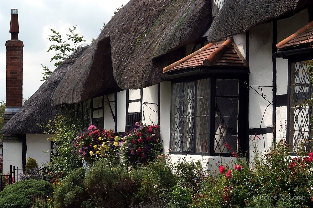 Stratford Upon Avon Thatch by © Loree McComb