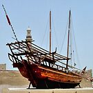 Arab dhow.............Dubai ! by Roy  Massicks