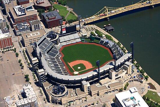 PNC Park: Pittsburgh, PA by shutterrudder