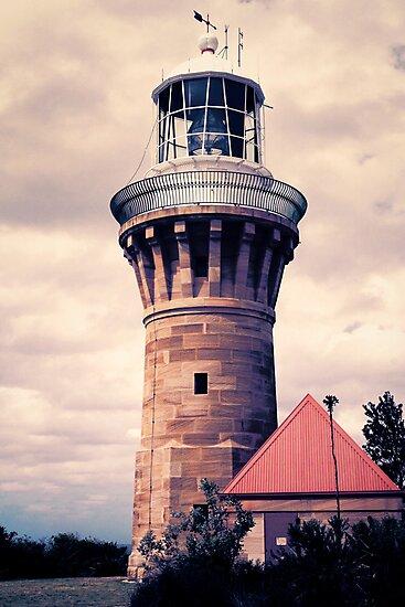 Barrenjoey Lighthouse by yolanda