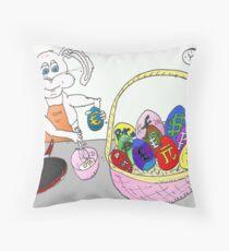devises omlette et lapin caricature Throw Pillow