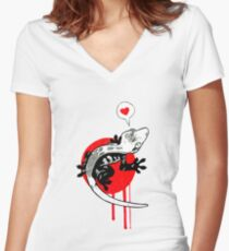 Gecko! Women's Fitted V-Neck T-Shirt