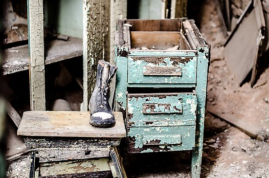 Boot & Table by ishootiso640