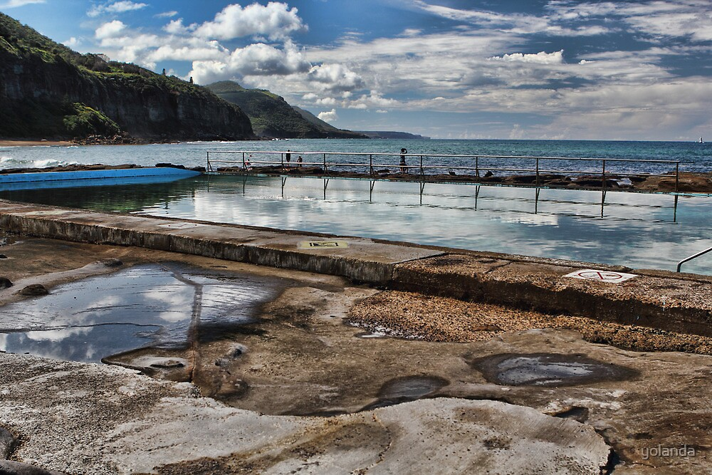Coalcliff Ocean Pool by yolanda
