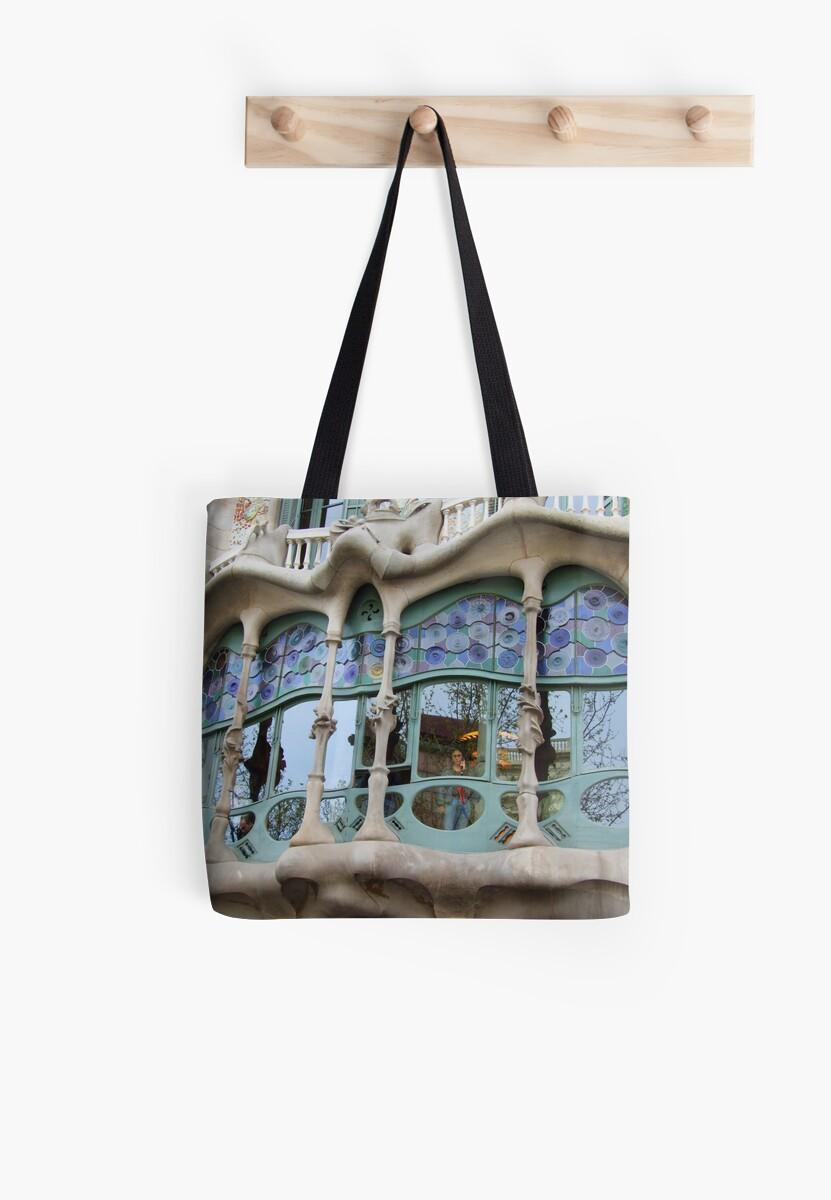 "The sentiment of Casa dels ossos by Antonello Incagnone ""incant"""