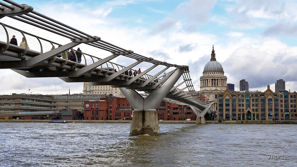 The Millennium bridge over the river Thames in London by 7horses