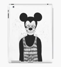 Dead mouse iPad Case/Skin