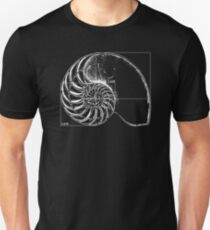 Fibonacci on a nautilus shell T-Shirt