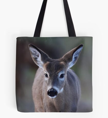 Pretty doe - White-tailed Deer Tote Bag