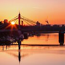 Sunrise over the Albert Bridge by Stuart  Gennery