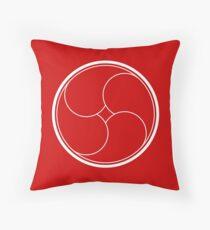 Kamon - 43 Throw Pillow