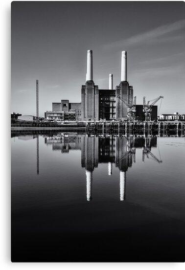 Battersea Power Station (England) Mono by Stuart  Gennery