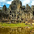 Ankhor Thom Temple by mlphoto